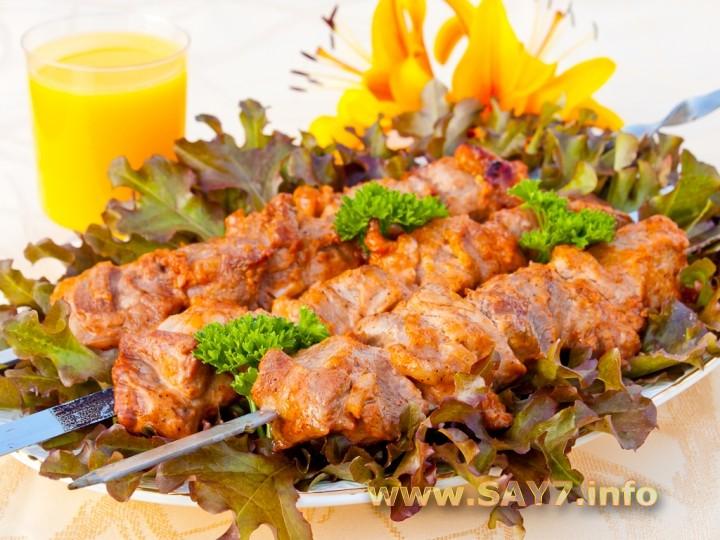 Рецепт Шашлык из свинины, маринованный в розовом соусе