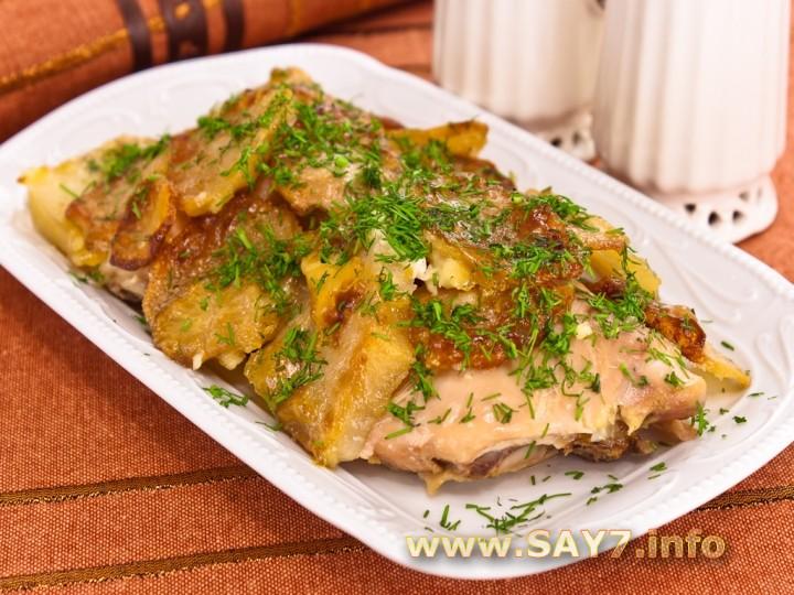 Рецепт Курица с картофелем, запеченные под майонезом