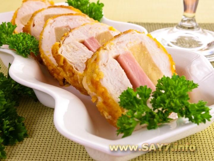 Рецепт Куриное филе, фаршированное сыром, ветчиной и ананасами