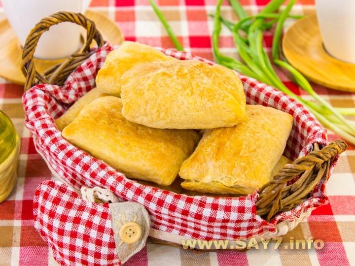 Слоеные пирожки с сыром и ветчиной рецепты 26