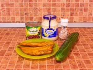Салат с куриными грудками и фасолью. Ингредиенты