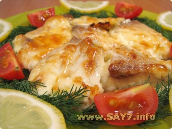 Рыба в майонезе с сыром в духовке