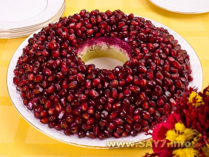 Рецепт Салат «Гранатовый браслет»