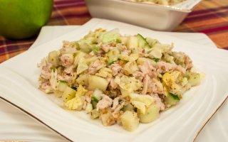 """Куриный салат с орехами """"Бута"""" – кулинарный рецепт"""