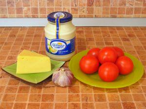 Помидоры с сыром и чесноком. Ингредиенты