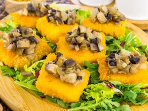Рыба с грибами в духовке - изысканное и ароматное блюдо | 225x300