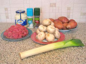 Картофель с грибами и фаршем. Ингредиенты