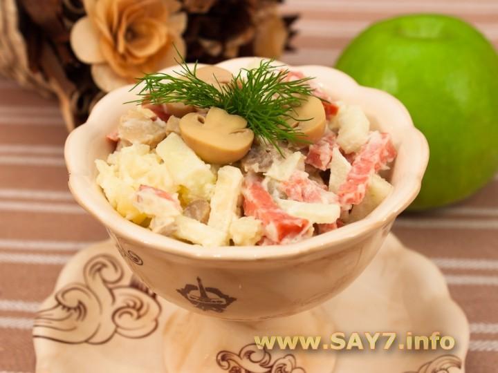 Рецепт Салат с колбасой, картофелем и грибами