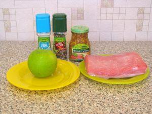 Свинина с яблоками, запеченная в фольге. Ингредиенты