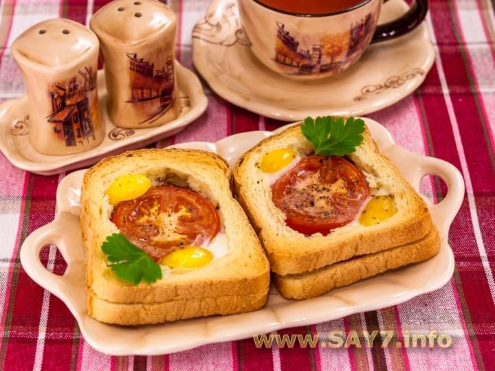 Рецепт Горячие бутерброды с окороком, помидорами и яйцами