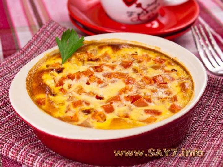 Рецепт Омлет с ветчиной и помидорами