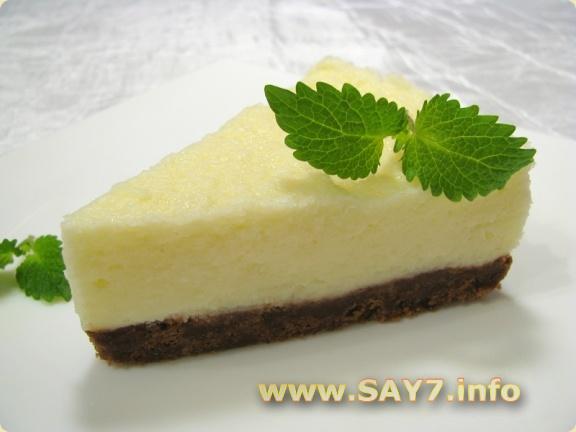 Чизкейк без выпечки с сыром Маскарпоне, клубникой и фруктами, десерт