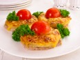Свинина,<br /> запеченная с ананасами и сыром