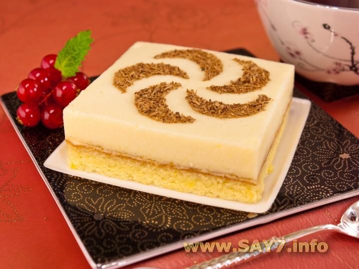 Рецепт Бисквитное пирожное с апельсиновым суфле