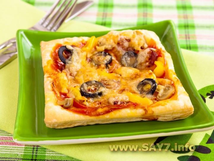 Рецепт пиццы из слоеного теста