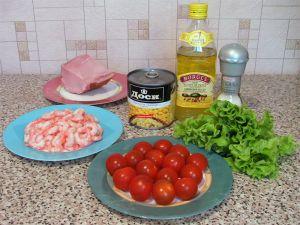 Салат с креветками, кукурузой и помидорами. Ингредиенты