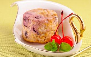 Творожно-рисовые запеканки с вишней
