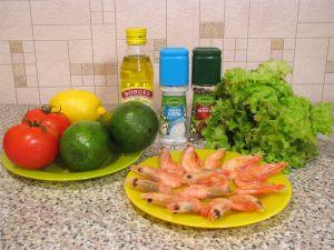 Салат с авокадо, креветками и помидорами. Ингредиенты