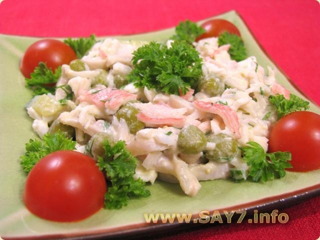 Состав салат с кальмарами