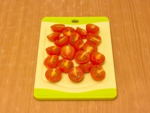 Картинки по запросу Сэндвич с авокадо, беконом и помидорами черри