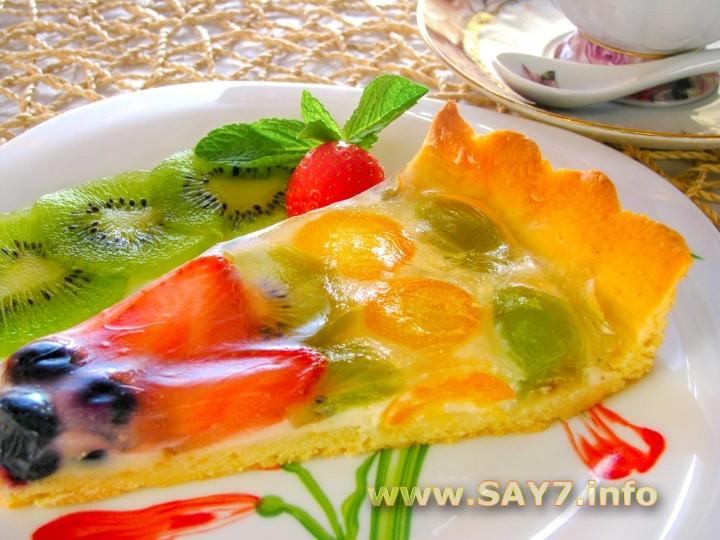 Фруктовый торт со сливочным кремом и желе