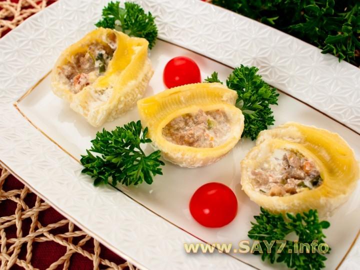 Рецепт Ракушки, фаршированные цуккини, помидорами и фаршем