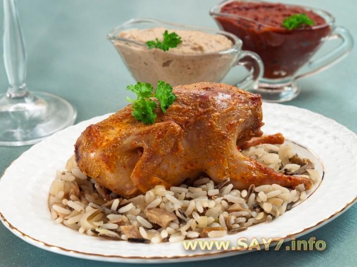 Рецепт Перепела с рисом, белыми грибами и грибным соусом