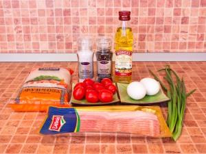 Фунчоза с беконом, помидорами и яичными блинчиками. Ингредиенты