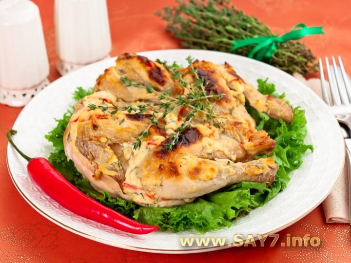 Рецепт Цыпленок, запеченный под кремом из Филадельфии, чеснока, перца и тимьяна