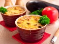 Запеканка с баклажанами и фаршем с соусом «Бешамель»
