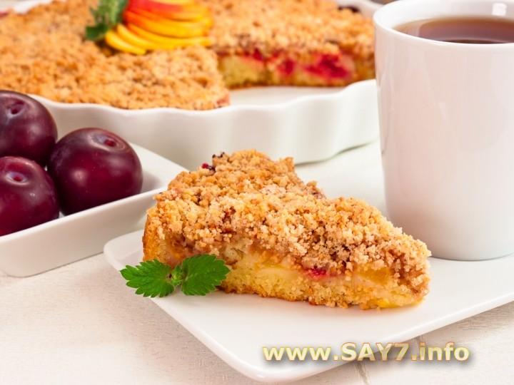 Рецепт Пирог с фруктами и миндальным штрейзелем