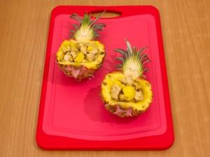 Ананасы, фаршированные куриным филе, запеченные под сыром - Пошаговый рецепт - ФОТО LADY.Day.Az