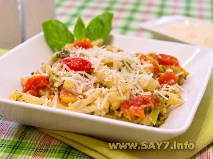 Рецепт Макароны с брокколи, цветной капустой и куриным филе