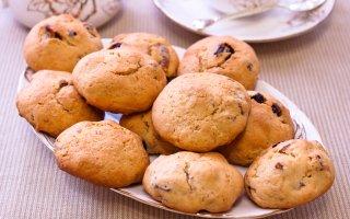 Печенье с сушеным инжиром и вяленой клюквой