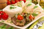 Баранина, тушенная со стручковой фасолью и помидорами