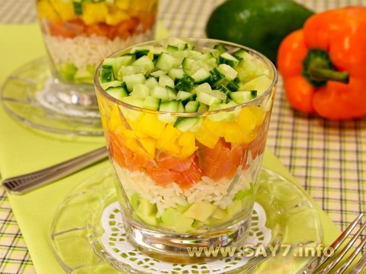 Рецепт Салат с семгой, авокадо и рисом