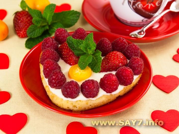 Рецепт Цитрусовые пирожные «Валентинки» с фруктами
