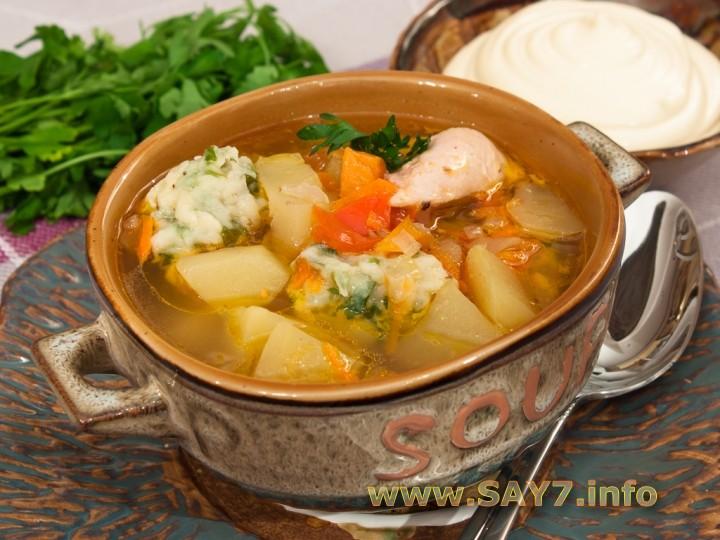 Рецепт Суп с цыпленком, овощами и клецками с зеленью