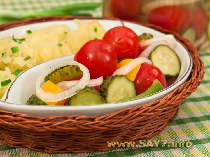 Рецепт Черри, огурцы, болгарский перец маринованные по-быстрому