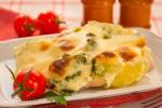 Запеканка с индейкой, брокколи и картофелем под соусом «Бешамель»
