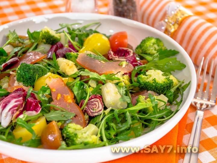 Рецепт Салат со спаржей, брокколи и карпаччо