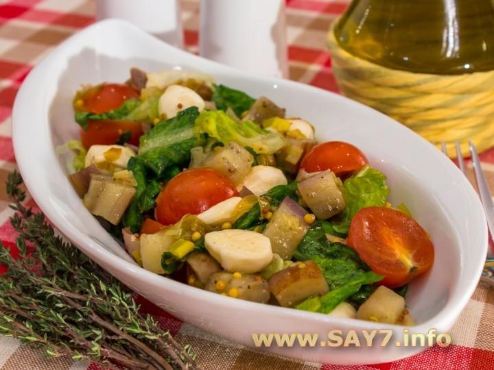 Рецепт Салат с баклажанами, помидорами и моцареллой