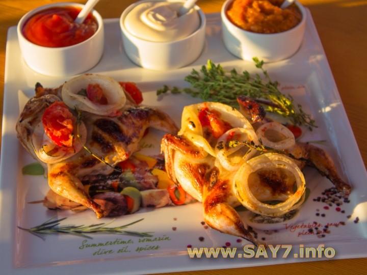 Рецепт Перепела, маринованные в помидорах и луке