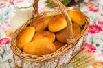 Дрожжевые пирожки на кефире (тесто для дрожжевых пирожков)