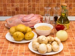 Суп с уткой, рисом и грибами. Ингредиенты