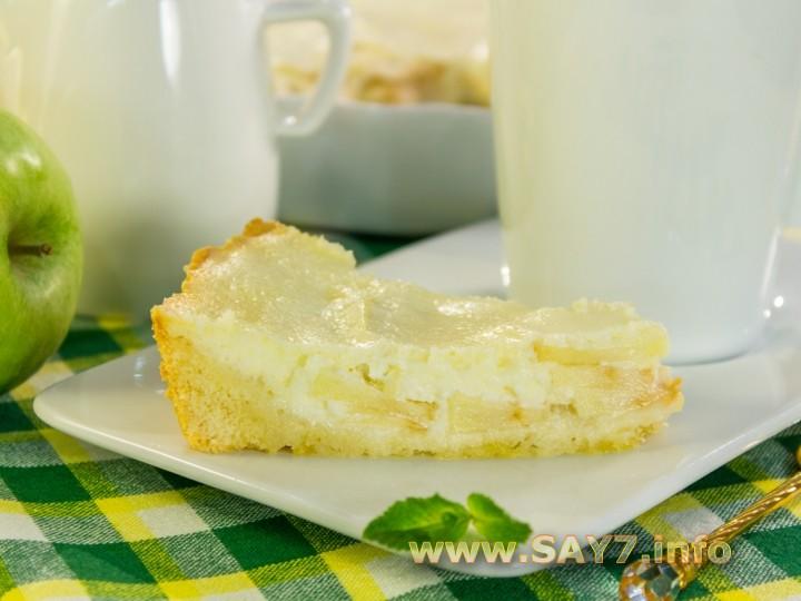 Рецепт Яблочный пирог с нежным кремом