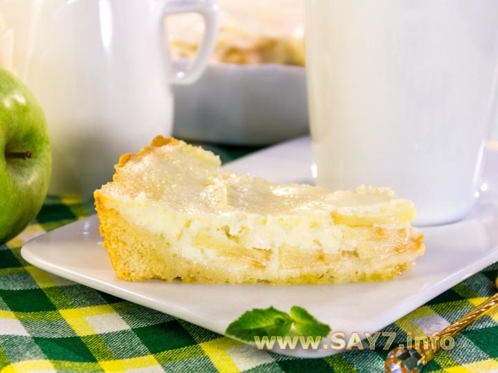 пирог из яблок с кремом