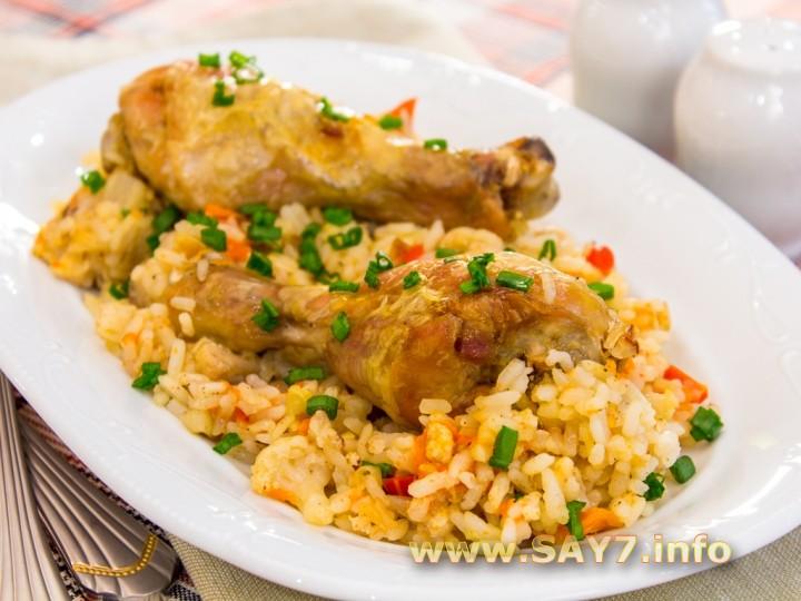 Рецепт Куриная голень, запеченная с рисом и овощами