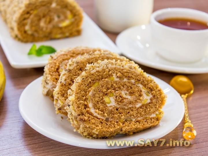 Рецепт Шоколадный рулет с банановым суфле и грецкими орехами
