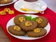 Шоколадное печенье с грецкими орехами и имбирем